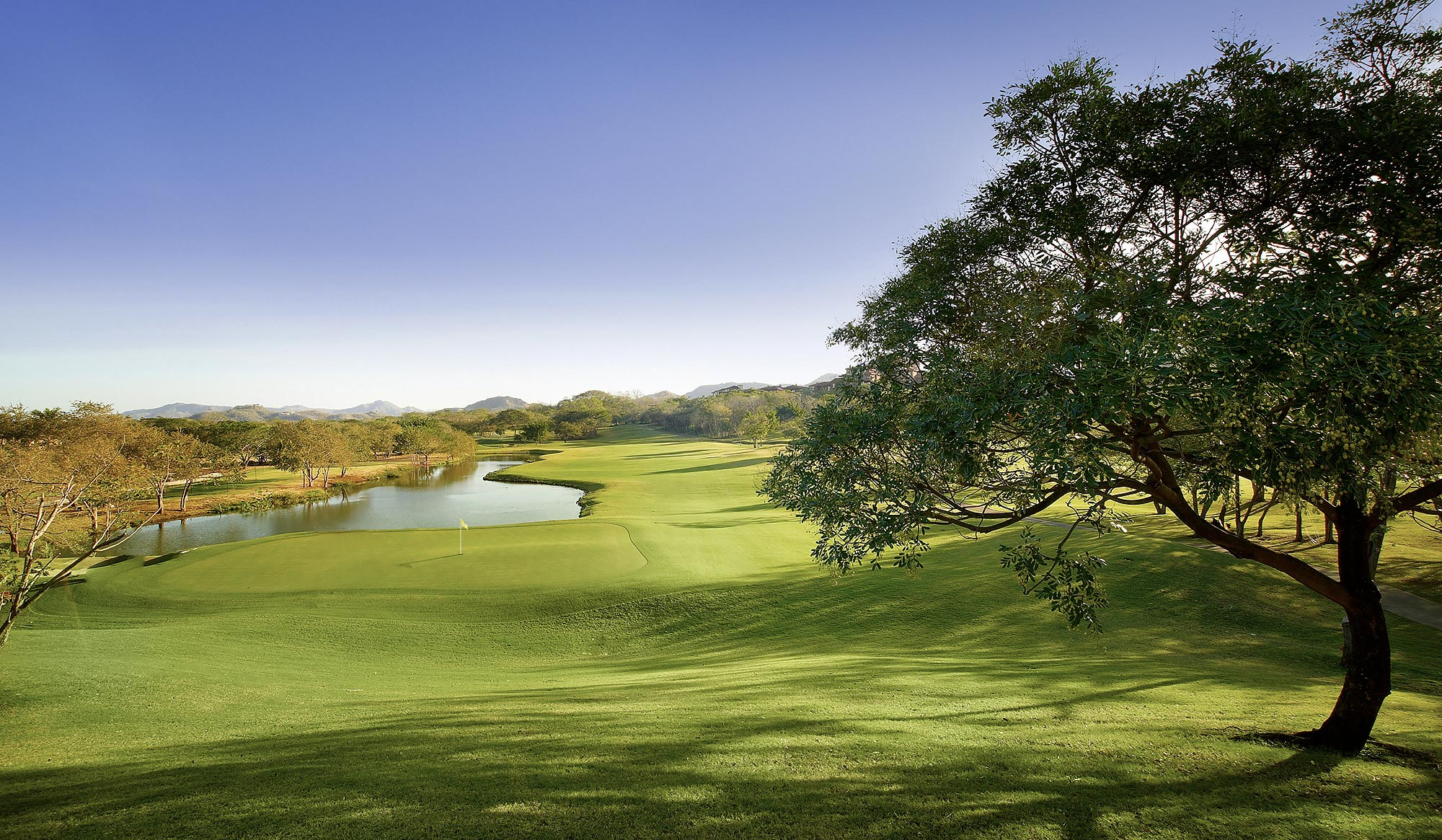 Golf-Course-Resort-Costa-Rica-Playa-Conchal