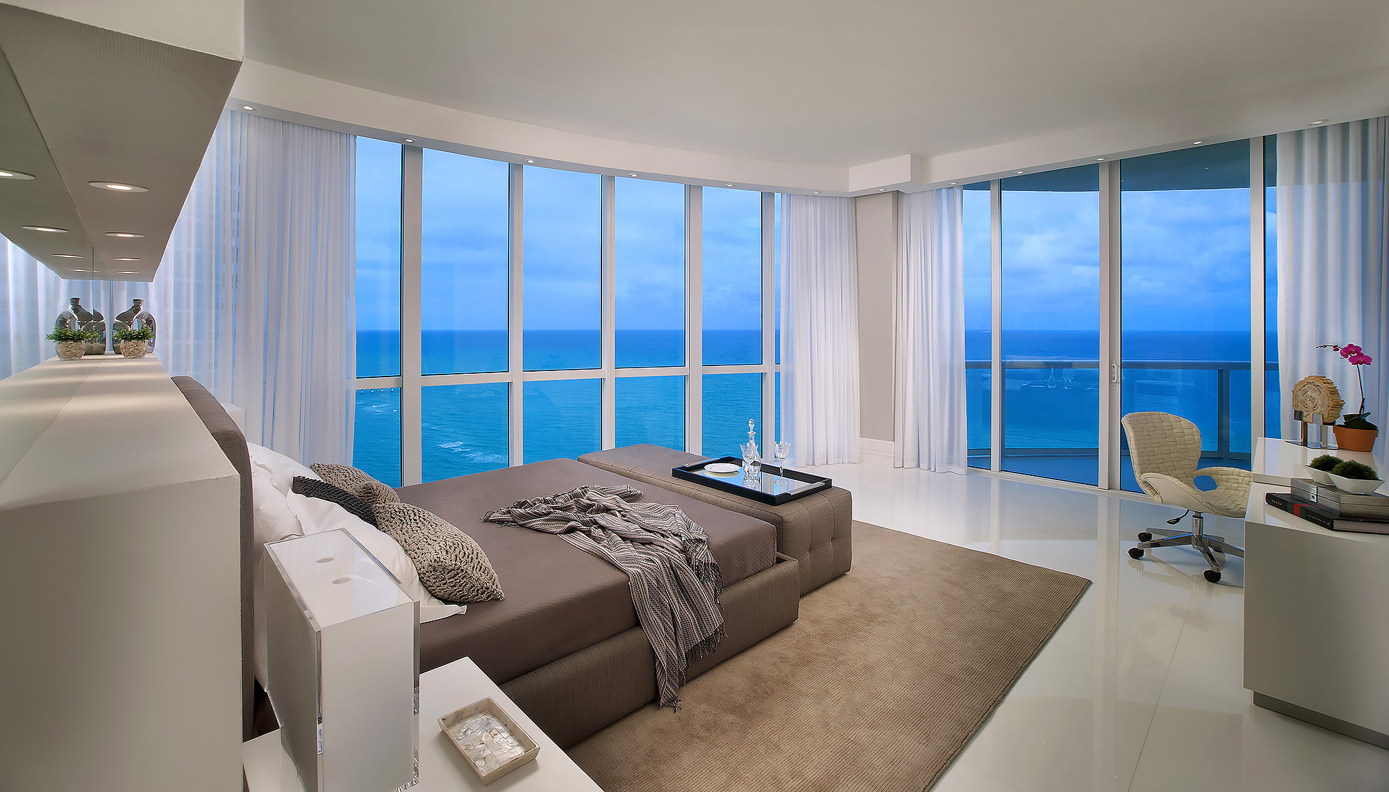 Luxury-Real-Estate-Photography-Bedroom-Ocean-View-1