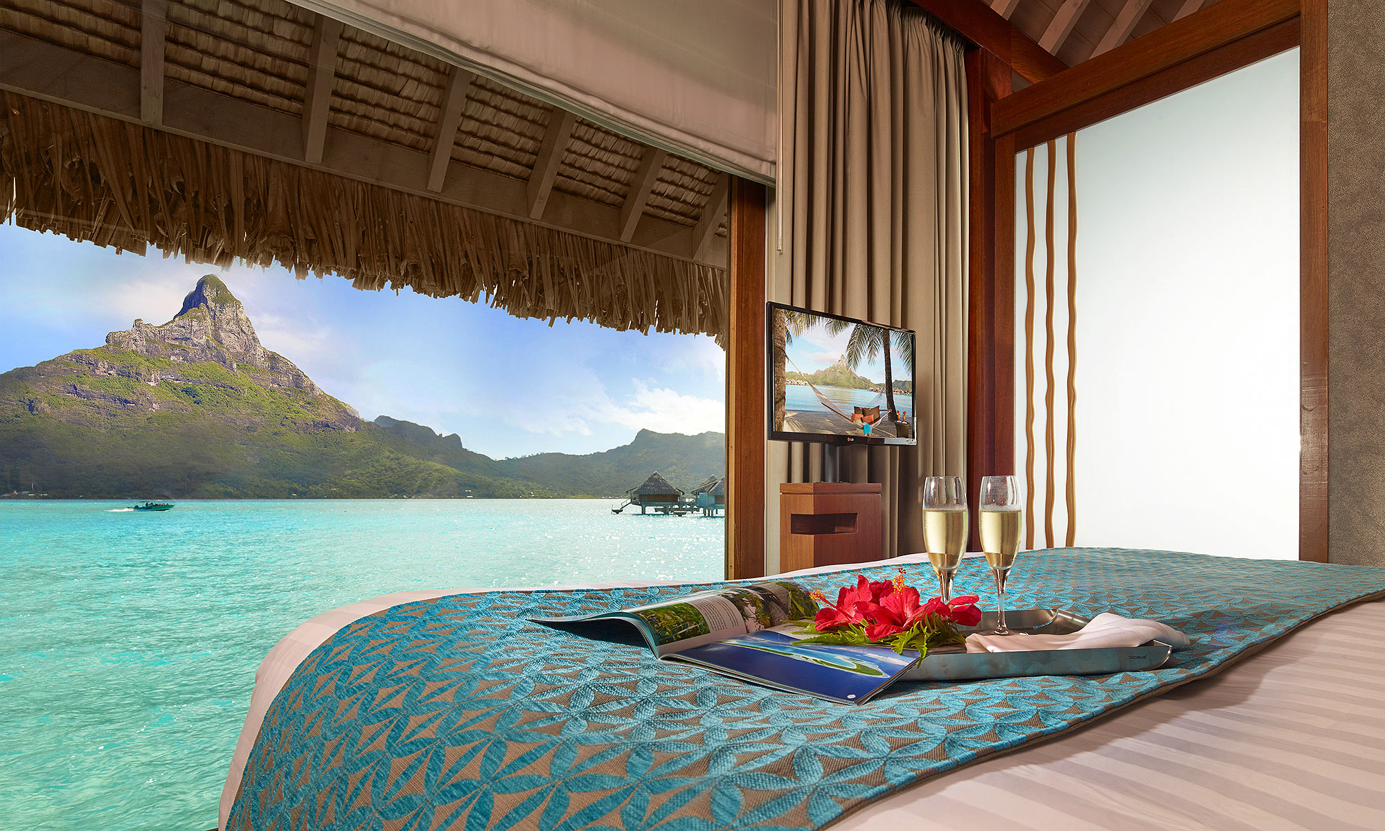 Luxury-Resort-Photography-Bora-Bora-Mountain-Bedroom-Breakfast