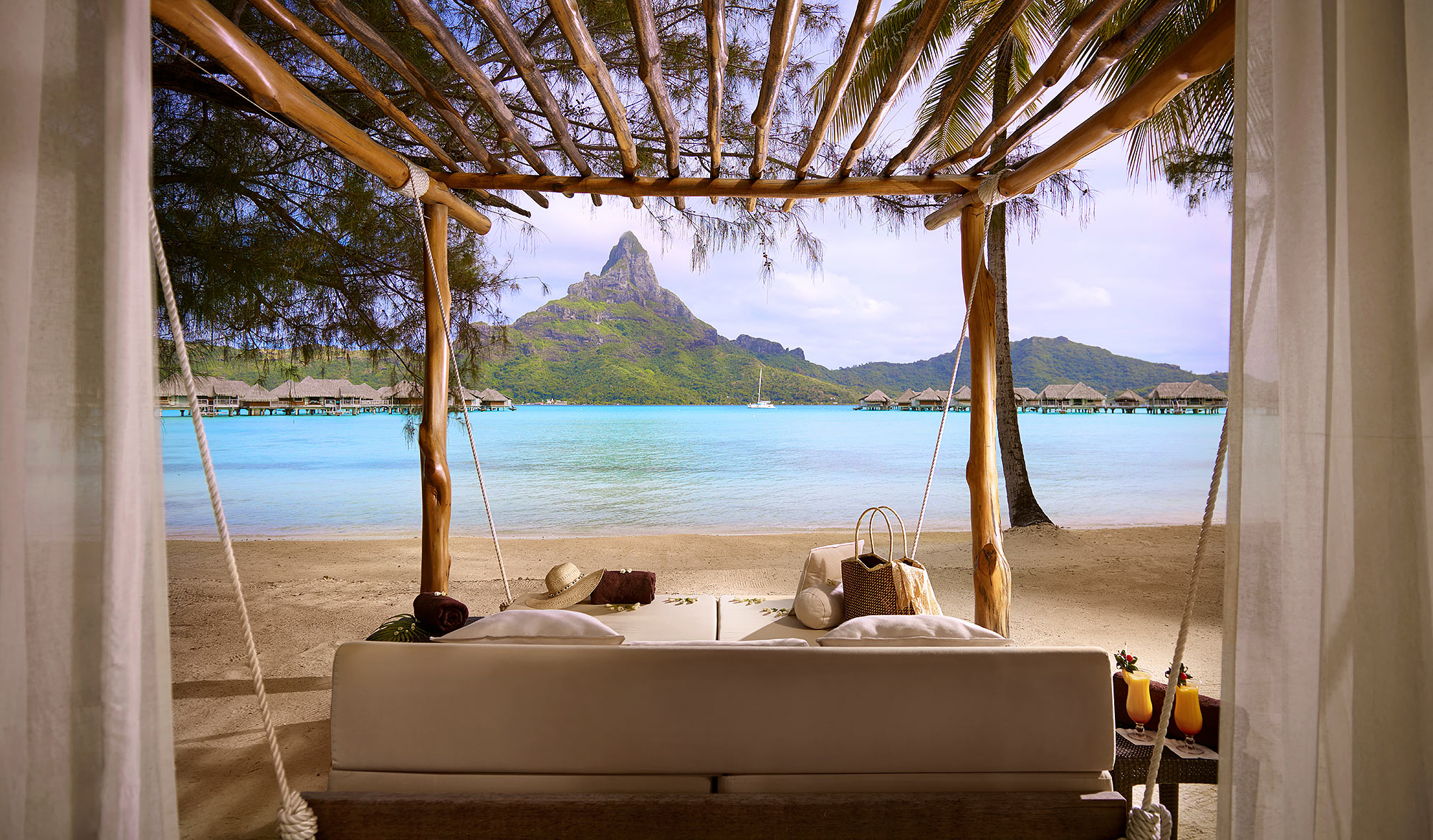 Luxury-Resort-Photography-Bora-Bora-Mountain-Daybed