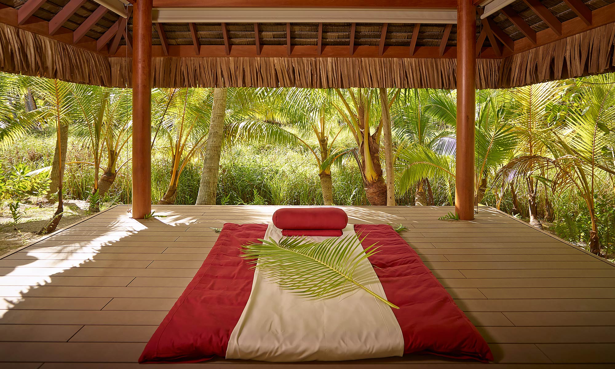 Luxury-Resort-Photography-Tahiti-Outdoor-Meditation-Spa